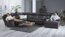 U Sofa mit Relaxfunktion