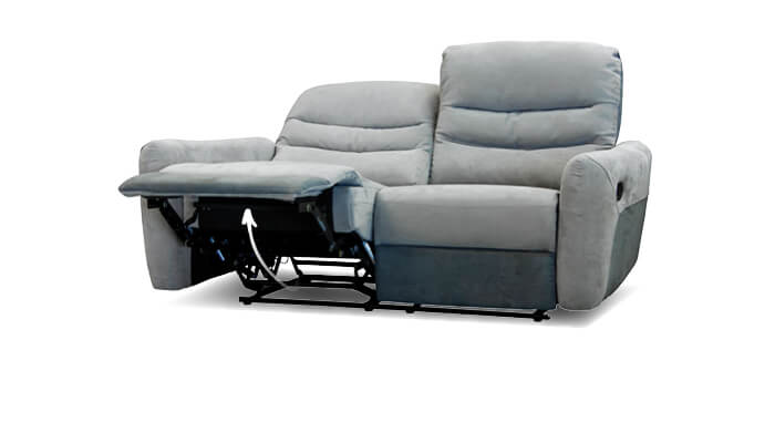 graues Sofa mit Relaxfunktion